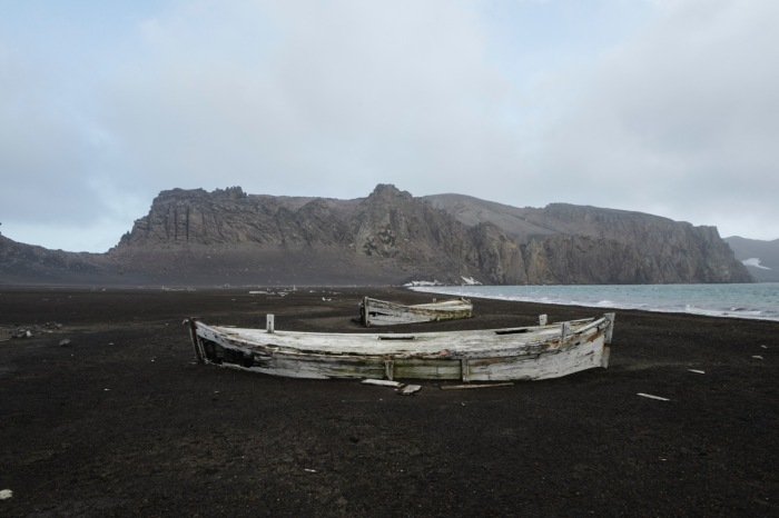 Deception_Island,_Antarctica_(24313628833)